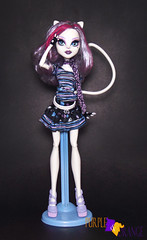 Catrine Basic (PurpleandOrangeMH) Tags: catrine monster high doll ghouls chat scaremester gloom bloom basic mueca