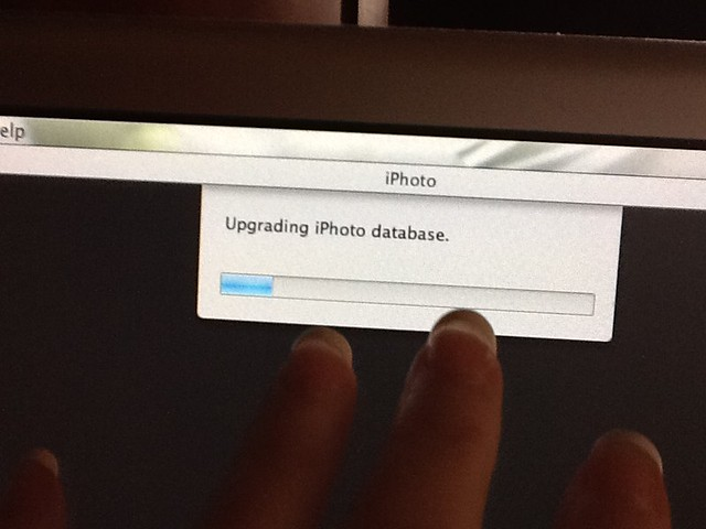 Upgrading iPhoto database