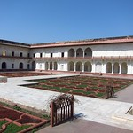 "Courtyard Near Khas Mahal <a style=""margin-left:10px; font-size:0.8em;"" href=""http://www.flickr.com/photos/14315427@N00/6778543916/"" target=""_blank"">@flickr</a>"