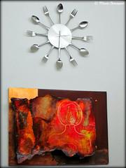 Pendule et tableau (bleumarie) Tags: art gadget tableau fourchette cuillre pendule lamalou lamaloulesbains photomariebousquet
