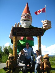 How can you not take a picture with a giant gnome?!?