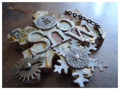 Altered Snowflake Decoration (iGirlZoe) Tags: snowflake altered key decoration chain seal swap christmasdecoration wax gesso holidaydecoration dictionarypage swapbot clockparts timholtz ideaology grungeboard gamespinner