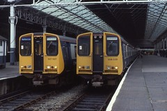 br creativecommons southport britishrail lmr merseyrail attributionsharealike londonmidlandregion class507 class508