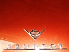 Peugeot 504 V6 Cabriolet (1976) (Transaxle (alias Toprope)) Tags: 1974 1975 1976 1977 1970s peugeot 504 v6 pininfarina 22 cabriolet cabrio droptop drophead topless descapotable oldtimer classics vintage historic veteran veterans clasico antiguo antique auto autos car cars carro carros coche coches kraftwagen kraftfahrzeuge السيارات 車 macchina macchine voiture voitures soul beauty power toprope nikon altmoabit wiebestrasse meilenwerk classic remise berlin badge badges pereci french club emblem automobiles françaises automobilesfrançaises france