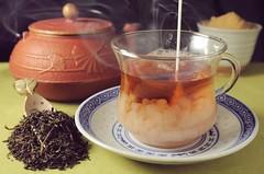 chaos@5pm (Kviht) Tags: china cloud india cup glass japan flow milk ginkgo chaos tea smoke experiment science steam chemistry castiron teapot mixing splash darjeeling porcelain vapor fluiddynamics iwachu