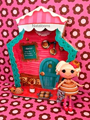 Mini Lalaloopsy Bun Bun Sticky Icing (Nataloons) Tags: toy doll cinnamon sticky mini collection icing mga bun shoppes explored lalaloopsy