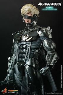 Hot Toys - VGM17-潛龍諜影崛起:再復仇 1/6 比例『雷電』