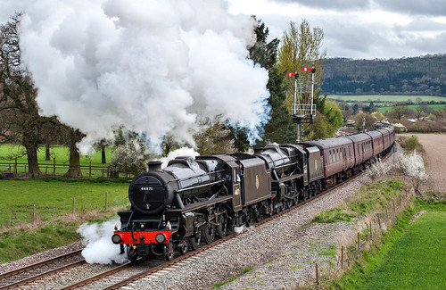 Getting under way: 44871 and 45407 (geoffspages) Tags: shropshire railway steam cravenarms black5