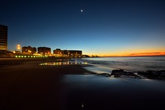 City Lights (Paul Hollins) Tags: ocean seascape beach sunrise australia newsouthwales aus newcastleeast nikon1635mmf4 nikond750