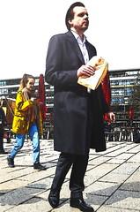Berliner (micagoto) Tags: businessman lunch break fastfood suit meal takeaway lunchbreak anzug
