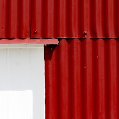 Suffolk 2016 (No Great Hurry) Tags: red white abstract art square tin iron exposure flickr minimal minimalism amateur corrugated redandwhite robinbarr nogreathurry robinmauricebarr