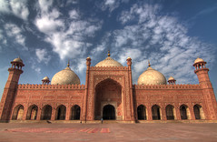 The main prayer hall of the Badshahi Mosque (viralstile) Tags: old pakistan architecture asia symmetry symmetrical punjab lahore hdr badshahimasjid archaic mughalarchitecture thebadshahimosque canoneos7d tokinaatx116prodx viralstile thekingsmosque
