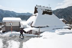 Snowy village (Wunkai) Tags: snow kyoto    nantan  thatchedroofhouse    miyamachokita