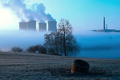 Steamboat .) (Chainus) Tags: morning mist plant cold fog spring nikon power nuclear d80