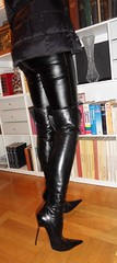 Invitation to a dinner with friends. Rosina's choice: leather pants and thigh high boots (Rosina's Heels) Tags: leather high pants boots thigh stiletto overknee