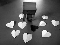 033 (mmrified) Tags: 3 cute toy toys robot heart vinyl valentine kawaii valentinesday plastictoys yotsuba japanesetoys danbo toyrobot revoltech danboard