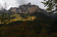 In Ordesa valley (Gregor  Samsa) Tags: autumn light sunset fall nationalpark spain view y dusk illumination monte overlook viewpoint pyrenees perdido pyrnes pirineos ordesa pirineus pirineo ordesaymonteperdido ordesaymonteperdidonationalpark