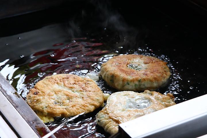 味珍鄉卜肉店前(三星蔥油餅)0003