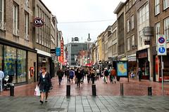 Demer (WindwalkerNld) Tags: retail eindhoven juli brabant winkelstraat noordbrabant winkels 2011 winkelen demer detailhandel winkelendpubliek
