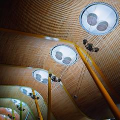 Diagonal (Balthus Van Tassel) Tags: madrid lighting roof airport spain kodak ceiling mad yashica t4 terminal4 barajas portra400vc