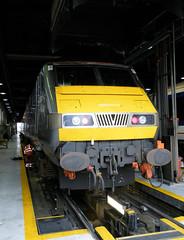 82301 (R~P~M) Tags: uk greatbritain england london train unitedkingdom railway depot wembley dvt mark3 chilternrailways dbregio