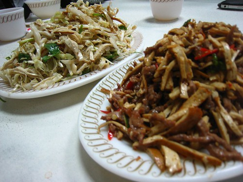 白菜心拌豆干+紅椒豆干牛肉絲