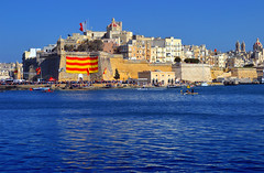 Senglea (albireo2006) Tags: blue sea wallpaper water wow harbor mediterranean harbour background regatta fortress isla grandharbour senglea lisla kartpostal totalphoto