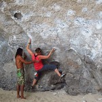 "Claudia and Wee Bouldering <a style=""margin-left:10px; font-size:0.8em;"" href=""http://www.flickr.com/photos/14315427@N00/7066964493/"" target=""_blank"">@flickr</a>"