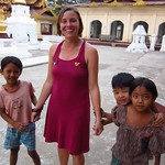 "Kids at Scwezigon Paya <a style=""margin-left:10px; font-size:0.8em;"" href=""http://www.flickr.com/photos/14315427@N00/7067160801/"" target=""_blank"">@flickr</a>"