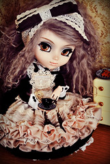Misery (♪♫ Z u R i ♫♪) Tags: anime outfit doll handmade jp wig mohair groove pullip misery rement luts diorama tableware megahouse rozenmaiden darkalice obitsu junplanning rewigged barasuishou stica pullipbarasuishou romanticalice