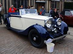 Bentley, Stratford-upon-Avon Festival of Motoring 2016. (Roly-sisaphus) Tags: uk greatbritain england cars unitedkingdom gb warwickshire automobiles stratforduponavon midlands festivalofmotoring nikond802016dsc0580
