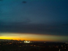 Sydney 2016 May 07 17:33 (ccrc_weather) Tags: sky evening outdoor sydney may australia automatic kensington unsw weatherstation 2016 aws ccrcweather