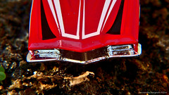 (ojoadicto) Tags: red macro cars car toy dirt carros juguete