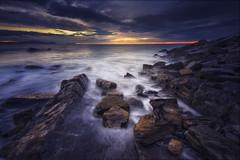 Natura Iluna. Dark Nature. Naturaleza Oscura. (Juankar DelRu) Tags: sunset sea water atardecer mar agua bizkaia basquecountry haida barrika basquecoast nisiv5filterholderkit