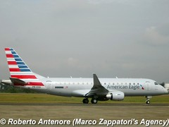 Embraer E-175 (E-170-200/LR) (Marco Zappatori's Agency) Tags: embraer e175 americaneagle presg robertoantenore marcozappatorisagency envoyair n232nn