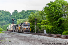NS 7685, UP 4360, NS 9952, 9294 on 21M HUNT, 2016-05-27 (redheadedrobbie1) Tags: ns norfolksouthern pittsburghline 21m intermodal es44dc ge generalelectric up unionpacific sd70m dash9 railroad railfan locomotive diesel freight