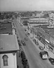 West Lexington in 1948 (indepsquare) Tags: west chevrolet square office maple post lexington president 1940 harry bank presidential historic celebration 1940s missouri sawyer independence avenue pleasant truman chrisman bostian