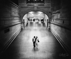 Engagement at Grand Central Terminal, NYC (Wandy Sosa) Tags: was6054 grandcentralterminal nikond810 nikon28mmf18g portrait engagement