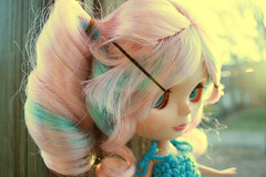 Side-View-Face-Pink&Teal-Wig (MaceyLou) Tags: color toys miniatures eyes doll dolls barbie change blythe dollhouse cce dollfurniture blybe colorchangingeyes ccedoll