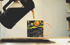 Bottomless Cup [cinemagraph] (svllcn) Tags: coffee night french nikon gif van press gogh starry d5100 cinemagraph