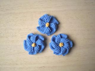 Ravelry: Pinwheel Flowers pattern by Frankie Brown