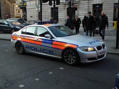 Met Police CHM (kenjonbro) Tags: uk london sedan silver trafalgarsquare police bmw saloon metropolitan chm 2010 metropolitanpolice 325d kenjonbro fujihs10 bx59cgv