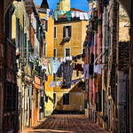 Laundry day in Venice thumbnail