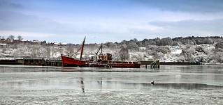 Ship on frozen Orwell