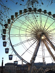 the sun in the eye (mujepa) Tags: france ferriswheel lorraine metz granderoue mygearandme rememberthatmomentlevel1 rememberthatmomentlevel2 rememberthatmomentlevel3