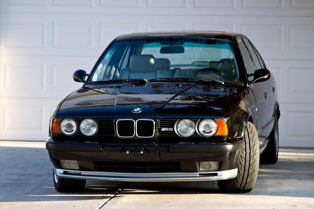 car 1993 bmw m5