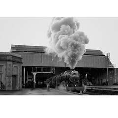 Classic departure (newshot.) Tags: scotland smoke steam perth railways lms historicbuildings railwayarchitecture royalscot highlandrailway steamrailways uksteam railwaybuildings 46115 railwayenthusiasts scotsguardsman westcoastrailways thegreatbritainv railwayenvironment
