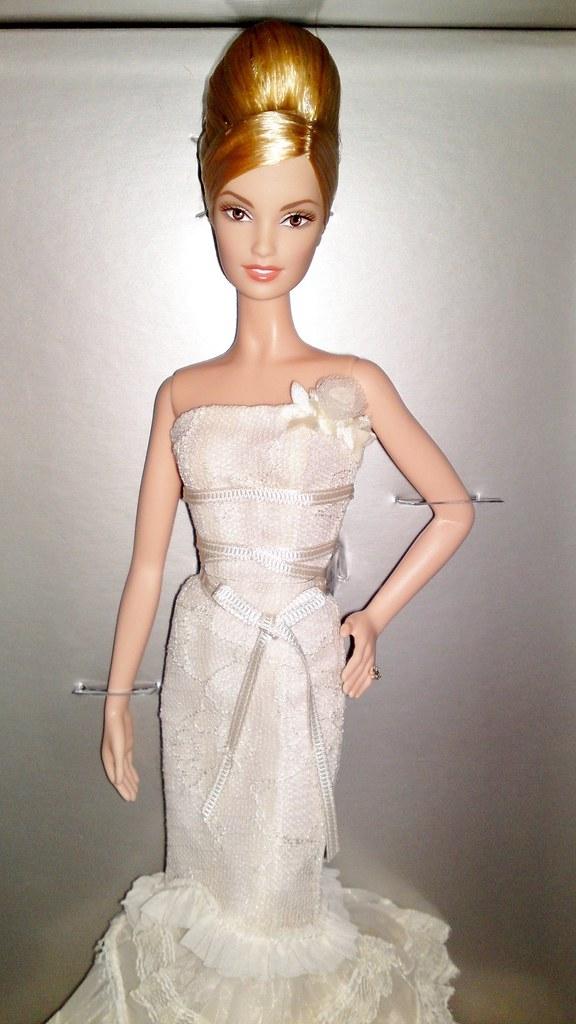 0f28fe4bd881 2008 Platinum Label Vera Wang Bride The Romanticist Barbie (3) (Paul  BarbieTemptation)