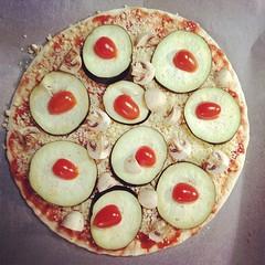 pizza #lauantai #saturdayevening #saturday #parhautta #home... (Kontiohautomo) Tags: home saturday pizza koti saturdayevening lauantai parhautta uploaded:by=flickstagram kotiilta instagram:photo=6666543351746359271080390955