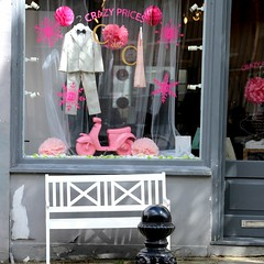 Notting Hill Crazy Prices (lookaroundandsee) Tags: london nottinghill potobello shopping
